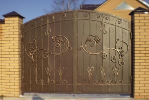 Ворота в Алматы (для примера №6)