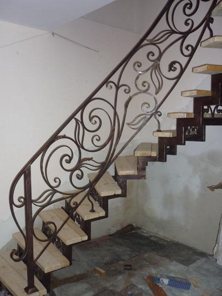 Лестницы и перила в Алматы (для примера №3)